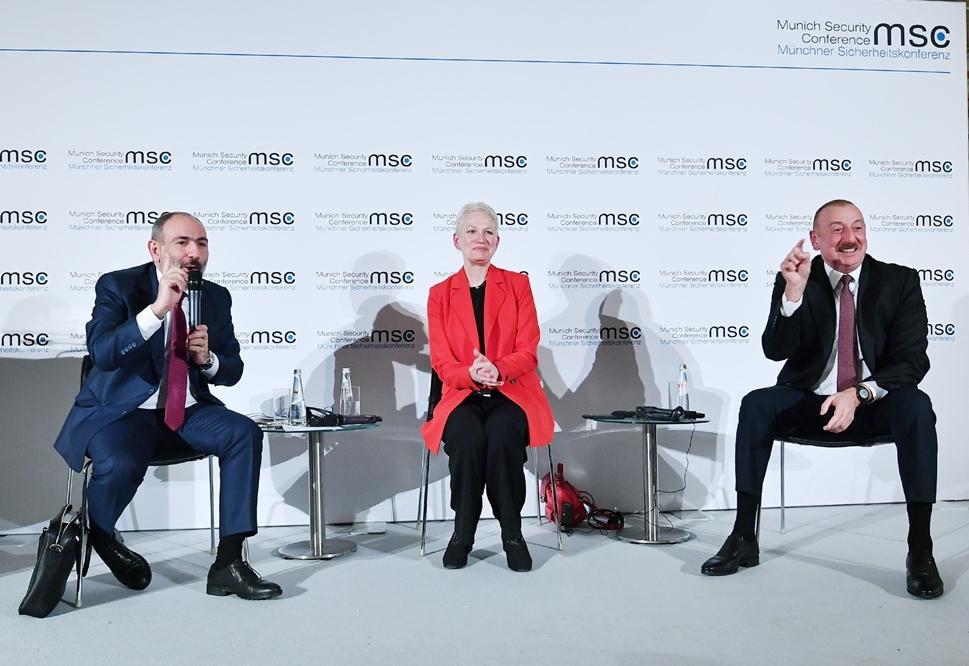 Aliyev Paşinyan Berlin ile ilgili görsel sonucu