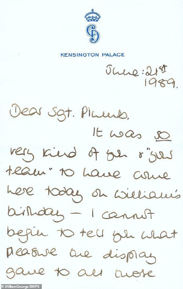prenses-diananin-el-yazisi-ile-yazdigi-mektup-16-bin-sterline-satisa-cikti_1984_dhaphoto1.jpg